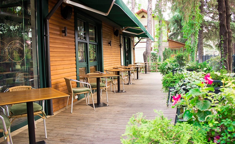 Summer Cafes in Tbilisi 7-min